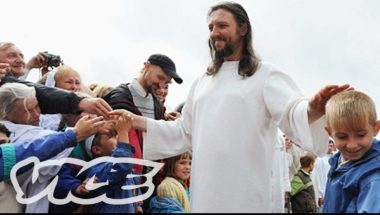 Cult Leader Thinks He's Jesus